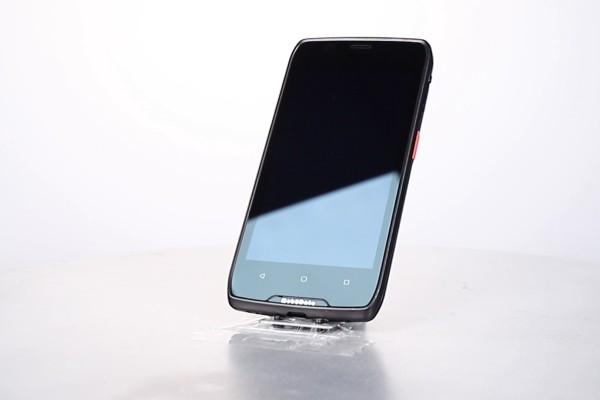 M82全触屏PDA